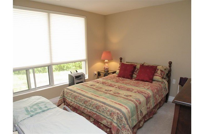 Condo Apartment at 250 Pall Mall St, Unit 408, London, Ontario. Image 10