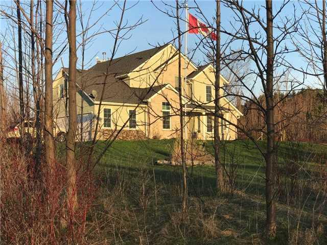 Detached at 121 Fawcett Lane, Blue Mountains, Ontario. Image 1