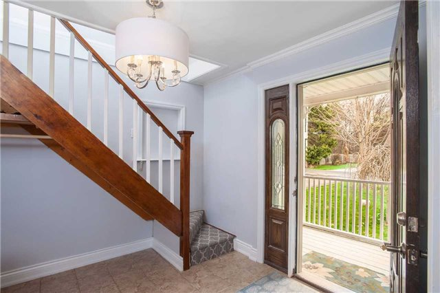 Detached at 29 Brook Rd S, Cobourg, Ontario. Image 11