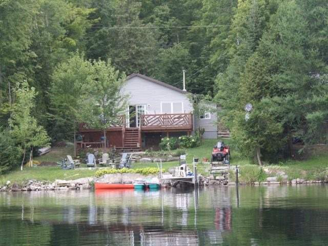 Cottage at 175 Fire Route 64, Havelock-Belmont-Methuen, Ontario. Image 1