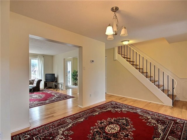 Condo Townhouse at 2111 Montreal Rd, Unit 48, Ottawa, Ontario. Image 19