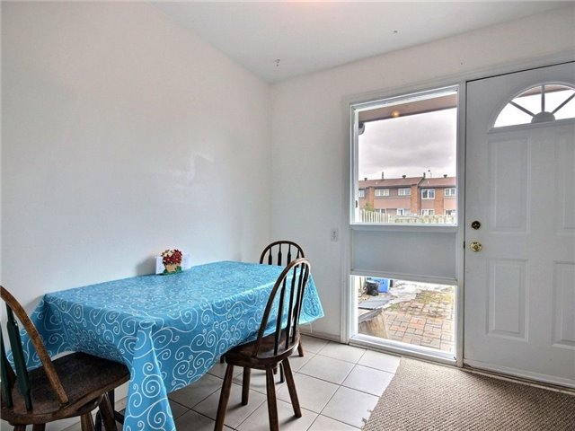 Condo Townhouse at 2111 Montreal Rd, Unit 48, Ottawa, Ontario. Image 16