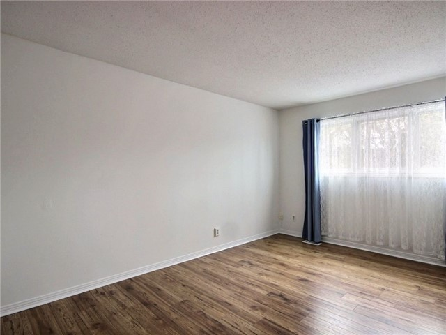 Condo Townhouse at 2111 Montreal Rd, Unit 48, Ottawa, Ontario. Image 7