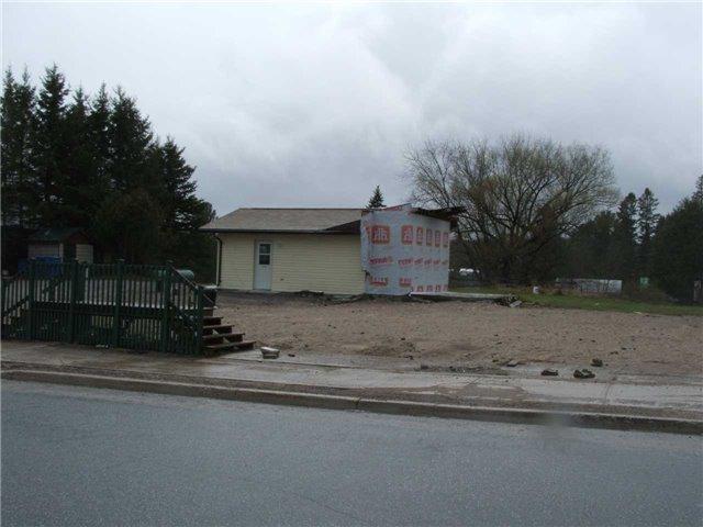 Vacant Land at 154 North Sparks St, Magnetawan, Ontario. Image 1