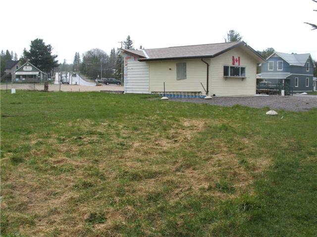 Vacant Land at 154 North Sparks St, Magnetawan, Ontario. Image 2