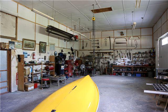 Detached at 551 County 121 Rd N, Kawartha Lakes, Ontario. Image 10