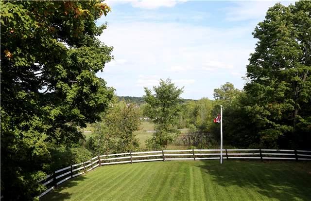 Detached at 551 County 121 Rd N, Kawartha Lakes, Ontario. Image 11