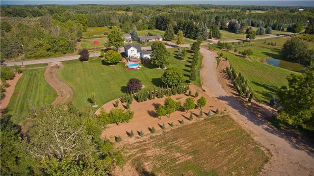 Farm at 48 10th Concession Rd E, Hamilton, Ontario. Image 1