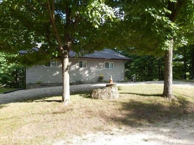 Cottage at 2241 Grindstone Lake Rd, North Frontenac, Ontario. Image 7