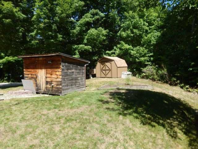 Cottage at 2241 Grindstone Lake Rd, North Frontenac, Ontario. Image 10