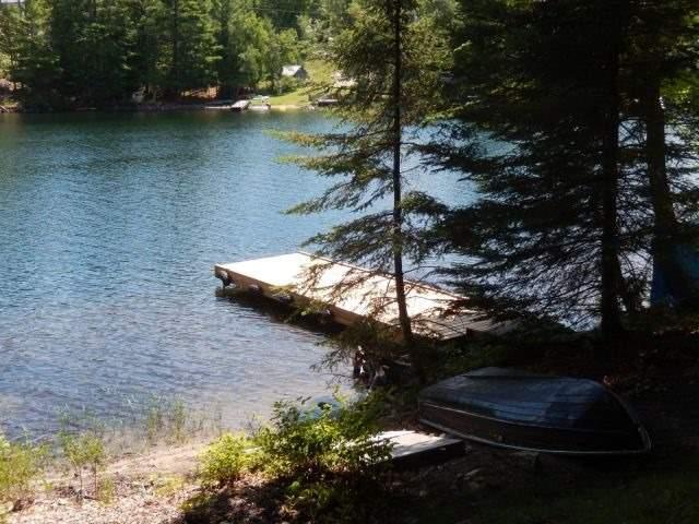 Cottage at 2241 Grindstone Lake Rd, North Frontenac, Ontario. Image 4