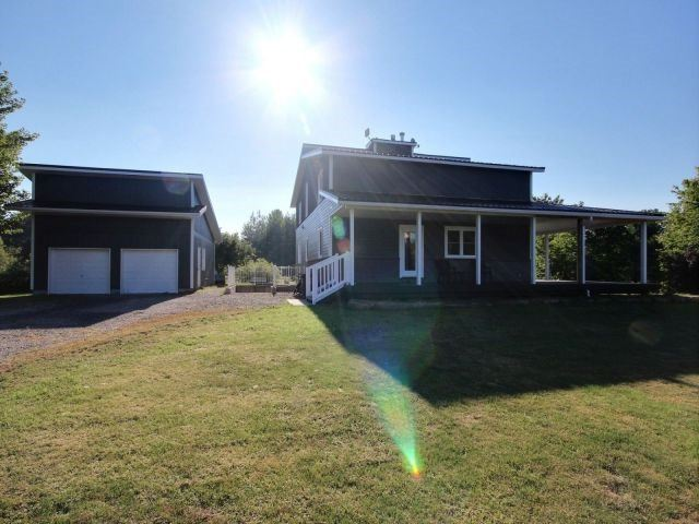 Detached at 2755 Charbonneau Rd, Champlain, Ontario. Image 1