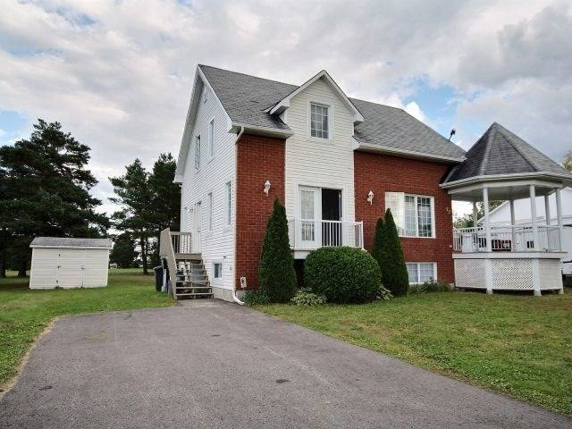 Detached at 72 Pitre St, Alfred & Plantagenet, Ontario. Image 1