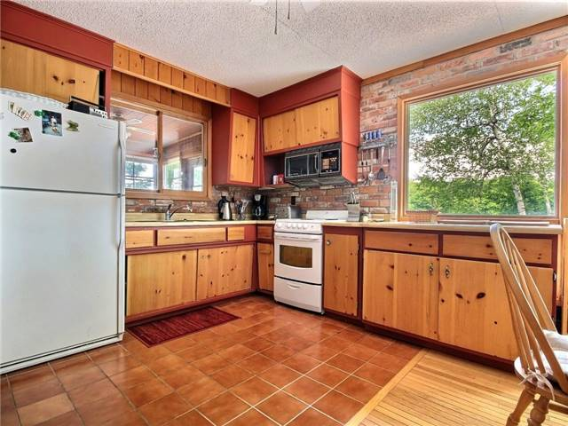 Detached at 356 Miners Point Rd, Perth, Ontario. Image 16