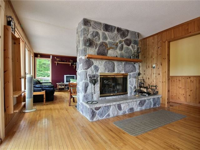 Detached at 356 Miners Point Rd, Perth, Ontario. Image 9