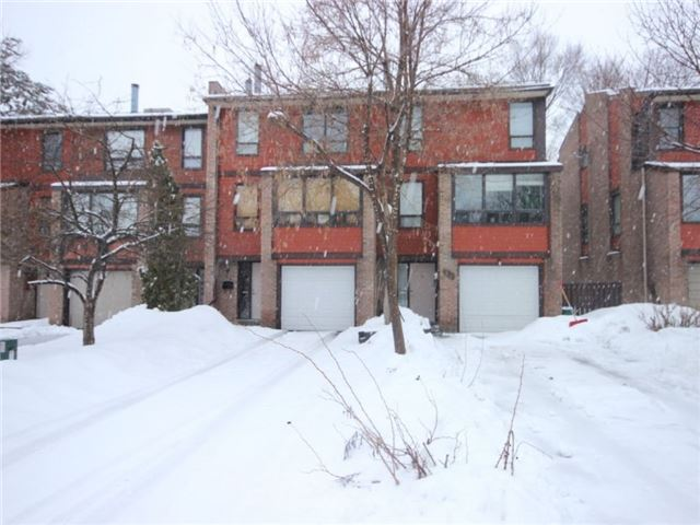 Townhouse at 34 Marielle Crt, Ottawa, Ontario. Image 1