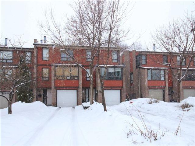 Townhouse at 34 Marielle Crt, Ottawa, Ontario. Image 6