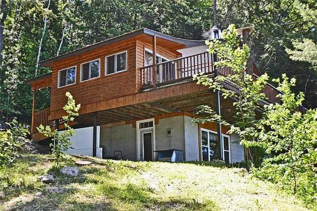 Cottage at 1227 Schooner Rd, North Frontenac, Ontario. Image 16