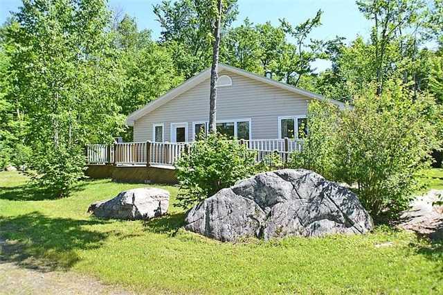 Cottage at 1227 Schooner Rd, North Frontenac, Ontario. Image 17