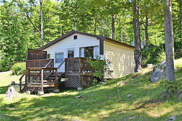 Cottage at 1227 Schooner Rd, North Frontenac, Ontario. Image 18