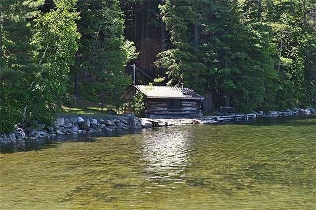 Cottage at 1227 Schooner Rd, North Frontenac, Ontario. Image 2
