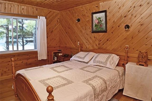 Cottage at 1227 Schooner Rd, North Frontenac, Ontario. Image 5