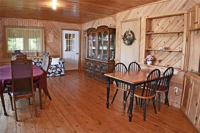 Cottage at 1227 Schooner Rd, North Frontenac, Ontario. Image 6