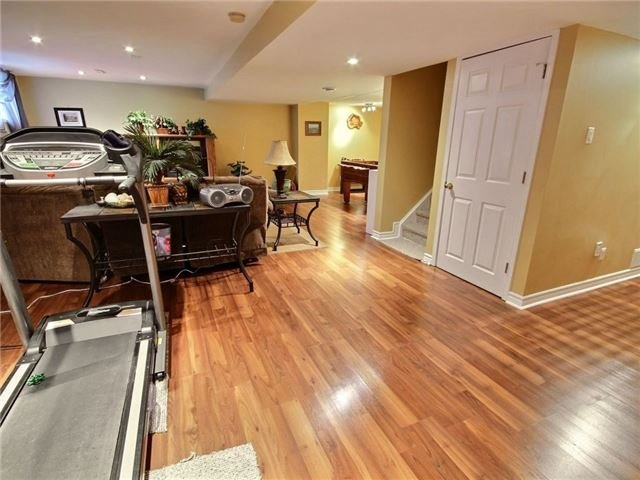 Detached at 2152 Repentigny Dr, Ottawa, Ontario. Image 6
