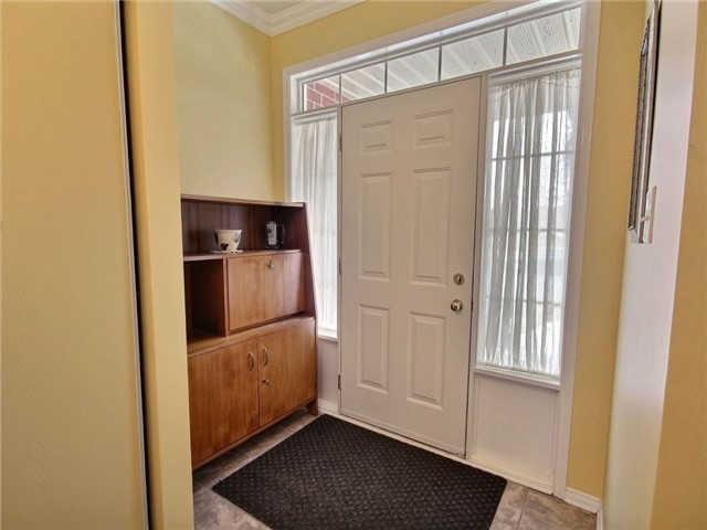 Detached at 2152 Repentigny Dr, Ottawa, Ontario. Image 13