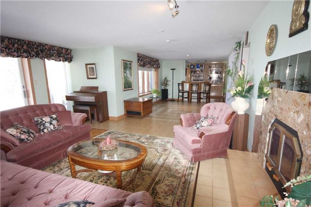 Detached at 3612 County 3 Rd, Prince Edward County, Ontario. Image 7