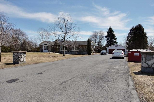 Detached at 18824 Glen Rd W, South Glengarry, Ontario. Image 1