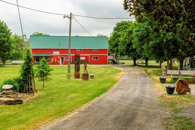 Detached at 167 White Chapel Rd, Prince Edward County, Ontario. Image 11