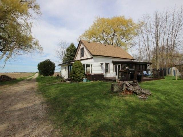 Detached at 1293 Gore Rd, Essex, Ontario. Image 1