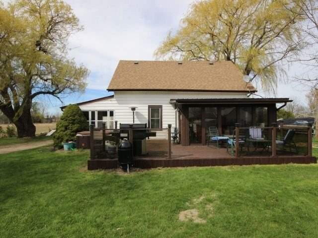 Detached at 1293 Gore Rd, Essex, Ontario. Image 12