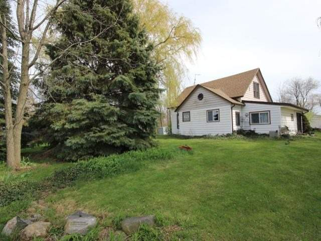 Detached at 1293 Gore Rd, Essex, Ontario. Image 4