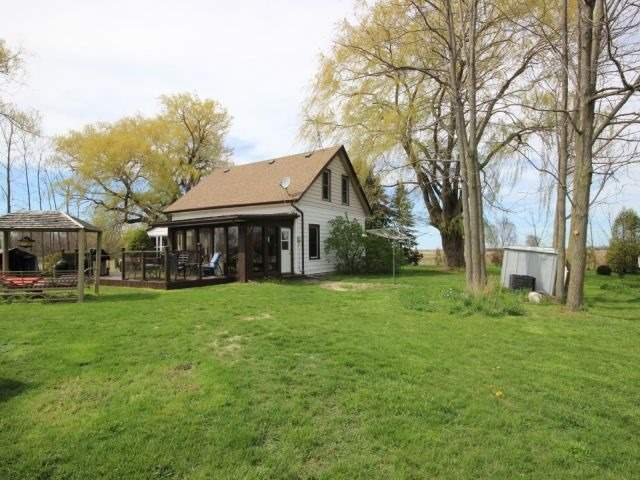 Detached at 1293 Gore Rd, Essex, Ontario. Image 5