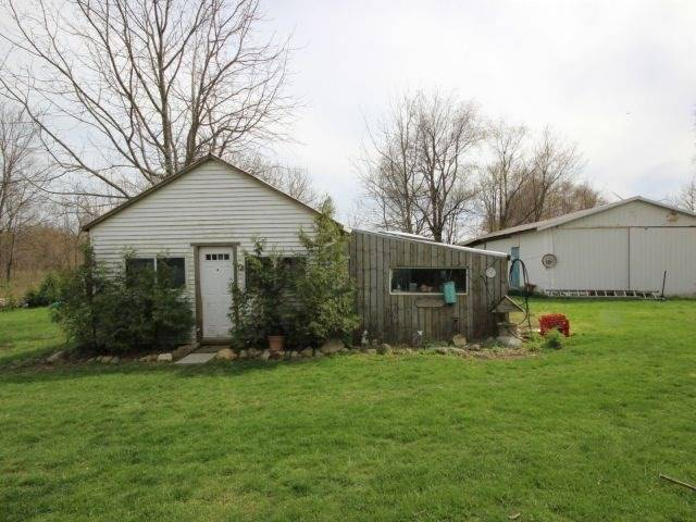 Detached at 1293 Gore Rd, Essex, Ontario. Image 11