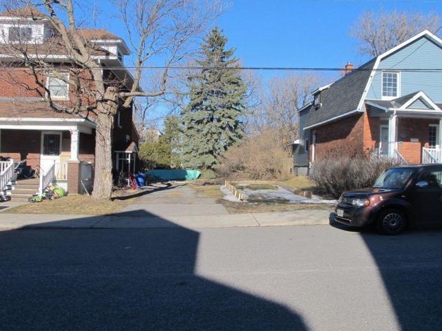 Vacant Land at 137 Hamilton Ave N, Ottawa, Ontario. Image 1
