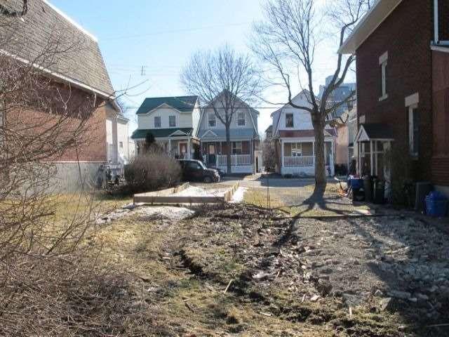 Vacant Land at 137 Hamilton Ave N, Ottawa, Ontario. Image 3