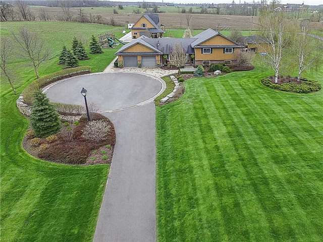 Detached at 3828 4th Concession Rd, West Lincoln, Ontario. Image 1