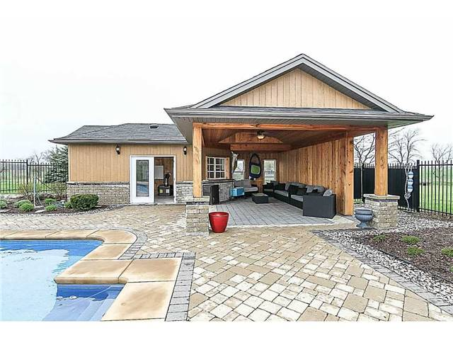 Detached at 3828 4th Concession Rd, West Lincoln, Ontario. Image 16