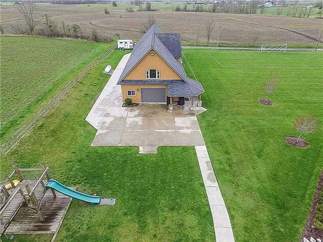 Detached at 3828 4th Concession Rd, West Lincoln, Ontario. Image 19