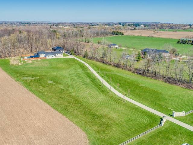 Detached at 401 Concession 7 East Rd, Hamilton, Ontario. Image 1