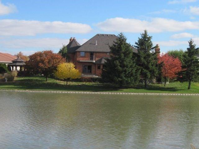 Detached at 4563 Lake Como Crt, Windsor, Ontario. Image 1