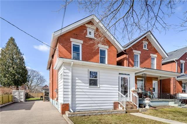 Detached at 113 Johnston  St, Guelph, Ontario. Image 1