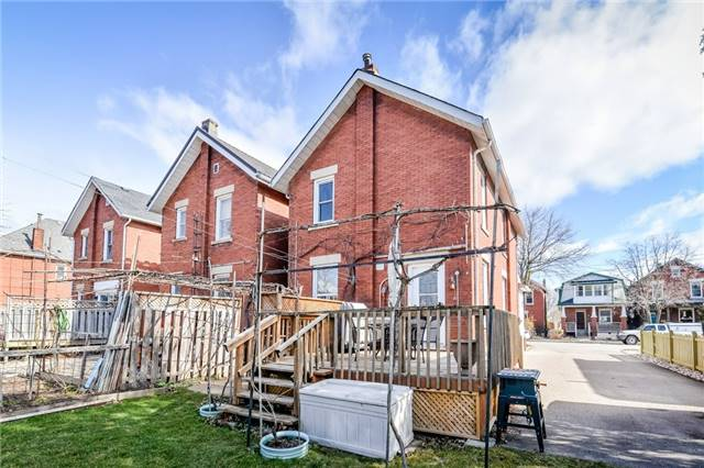 Detached at 113 Johnston  St, Guelph, Ontario. Image 7