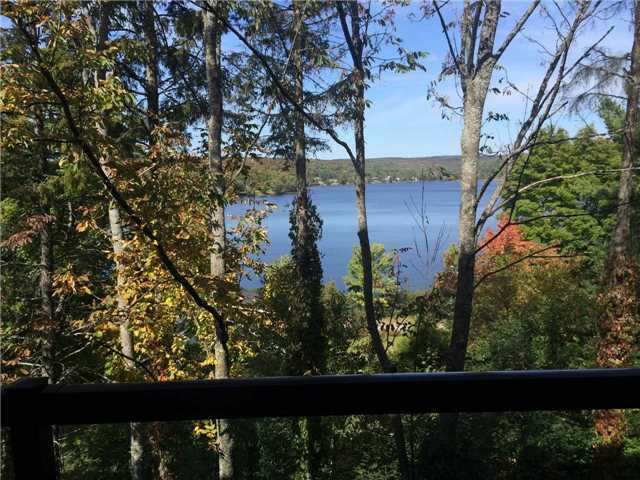 Condo Apartment at 4 Lake Ave, Unit 204, Dysart et al, Ontario. Image 1
