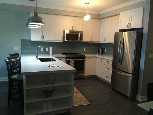 Condo Apartment at 4 Lake Ave, Unit 204, Dysart et al, Ontario. Image 10