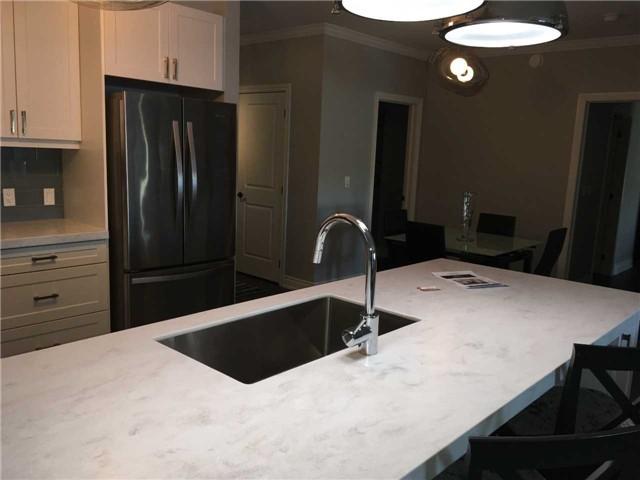 Condo Apartment at 4 Lake Ave, Unit 204, Dysart et al, Ontario. Image 11