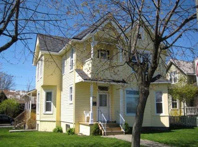Duplex at 136 West St, Port Colborne, Ontario. Image 1